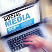 social-media-laptop-335