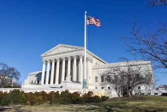 SCOTUS-supreme-court-w-flag-335