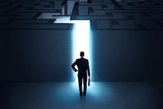 businessman-maze-335