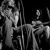 https://commons.wikimedia.org/wiki/File:Led_Zeppelin_acoustic_1973.jpg