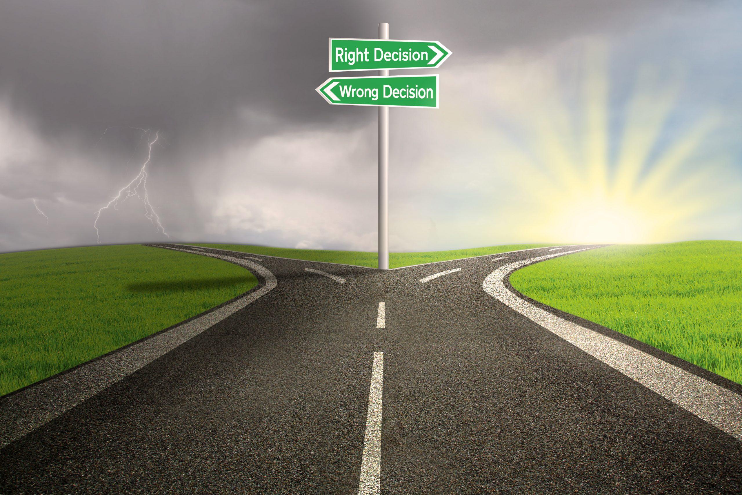 https://depositphotos.com/19727323/stock-photo-road-sign-of-right-vs.html