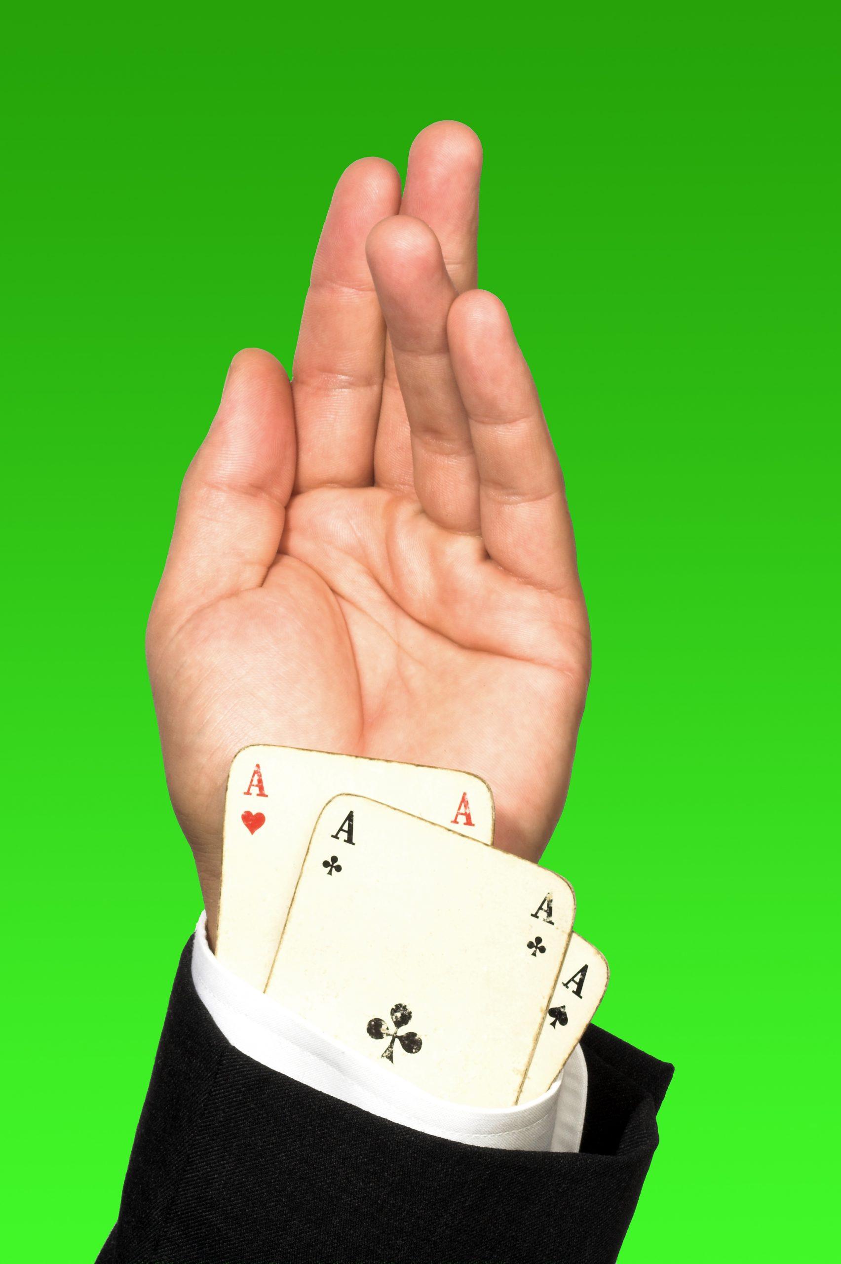 https://depositphotos.com/3446916/stock-photo-cheating-poker-player.html